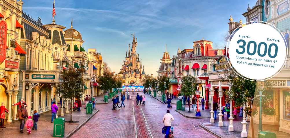 Disneyland<br/>Paris